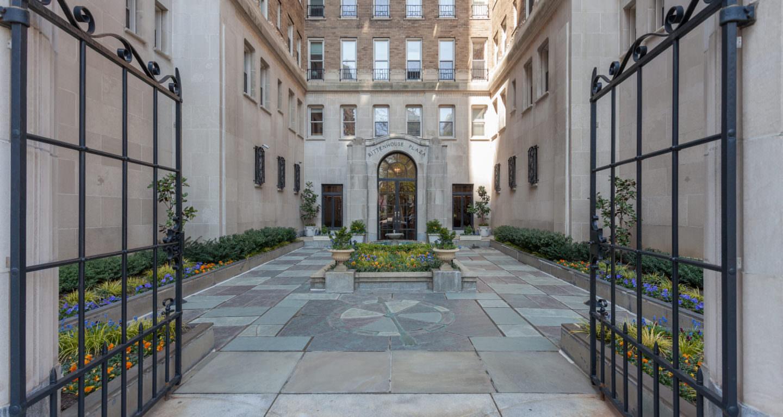 Rittenhouse Plaza